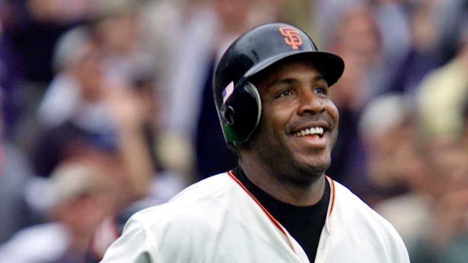 Barry Bonds falls short of Hall of Fame nod, again