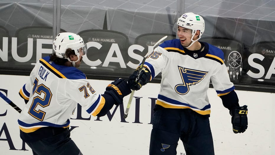 Kyrou leads Blues' quick start in 6-1 rout of Ducks
