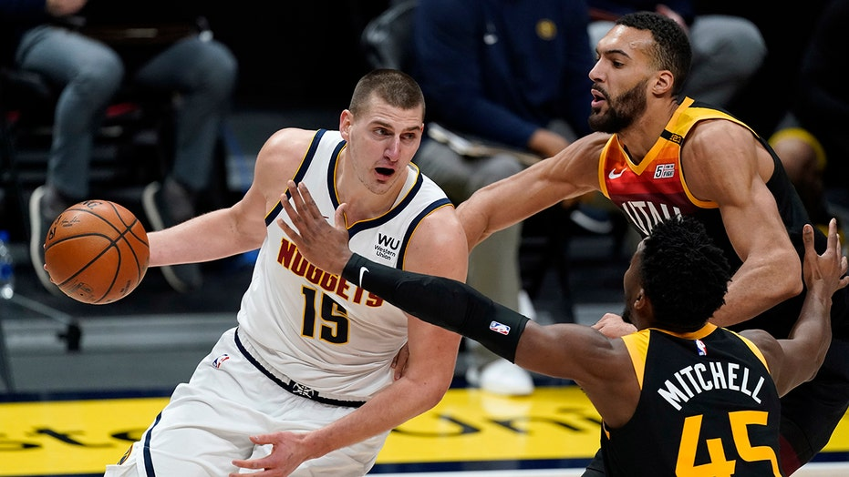 Jokic has 47 punti, Nuggets end Jazz winning streak at 11