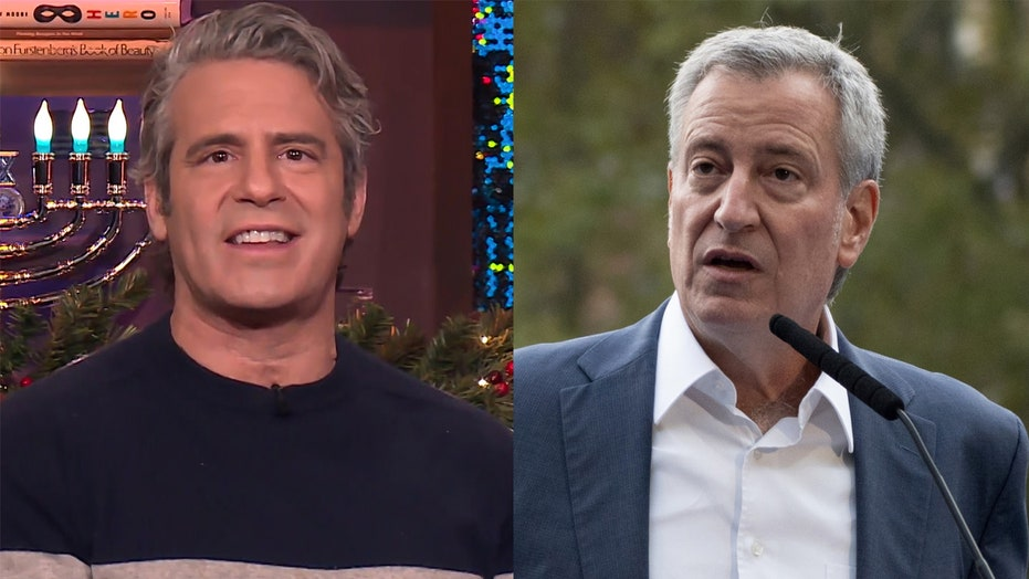 Andy Cohen blasts NYC mayor Bill de Blasio during New Year's Eve coverage: 'Get it together'