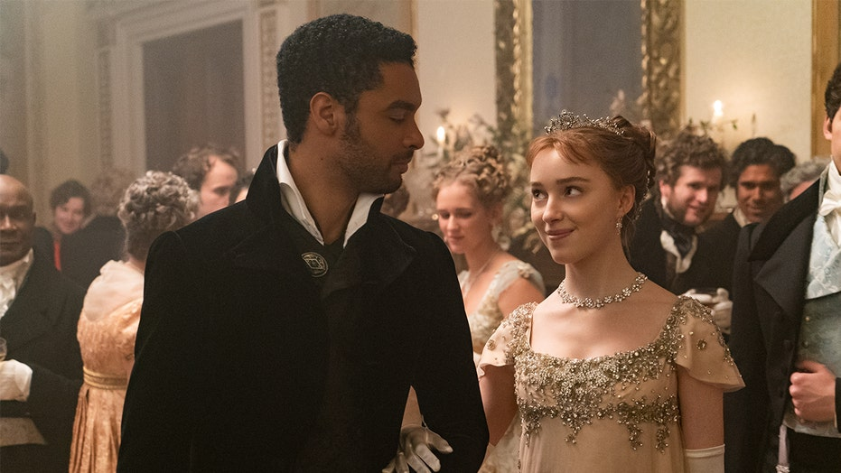 'Bridgerton' star Phoebe Dynevor on what Regé-Jean Page smells like: 'Why have so many people asked me that?'