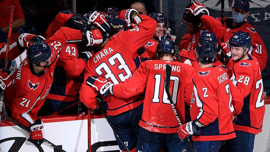 Capitals score 5 in 2nd to erase deficit and beat Islanders