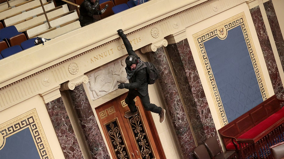 FBI steps up pursuit of Capitol Hill rioters