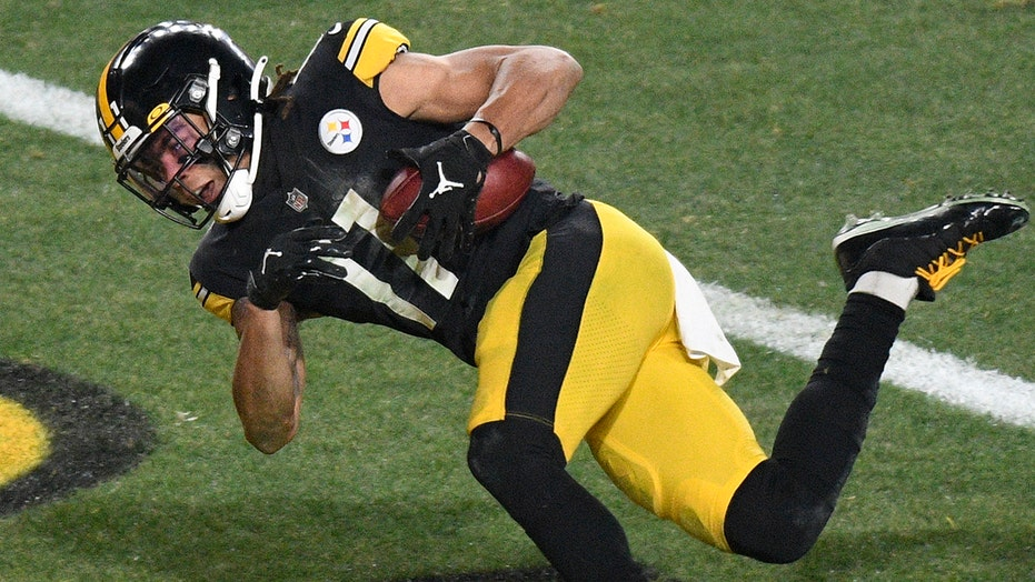 Steelers' Chase Claypool: 'Classless' Browns mocking JuJu Smith-Schuster was reason for sour grapes