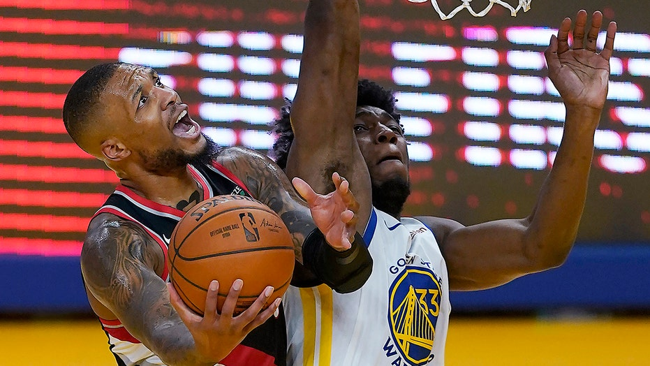 Damian Lillard reaches 15,000 points, Blazers beat Warriors