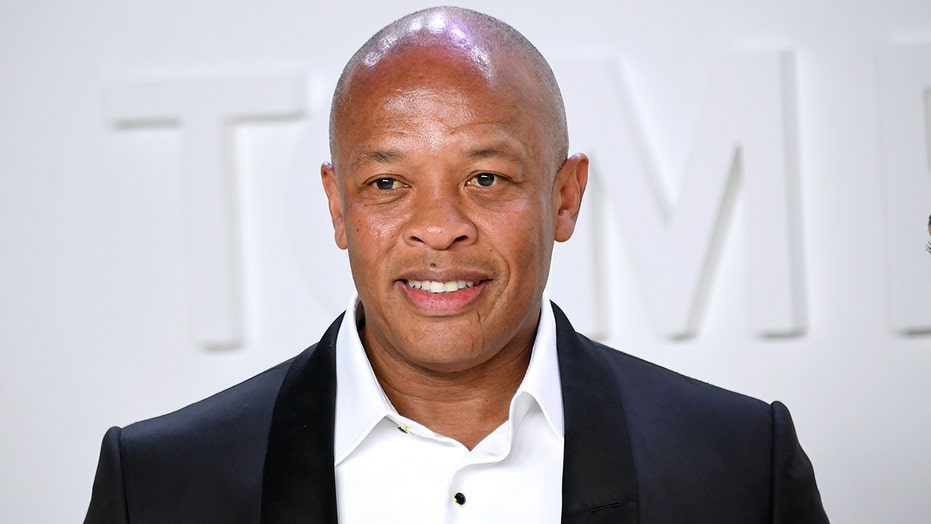 Dr. Dre hospitalized, reportedly for possible brain aneurysm