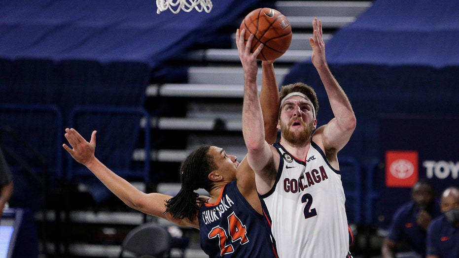 No. 1 Gonzaga beats Pepperdine 95-70, runs win streak to 17