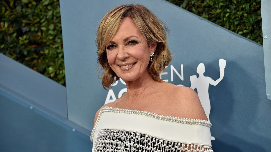 Allison Janney says a 'germaphobe' co-star asked that she put Neosporin on her lips before a kissing scene
