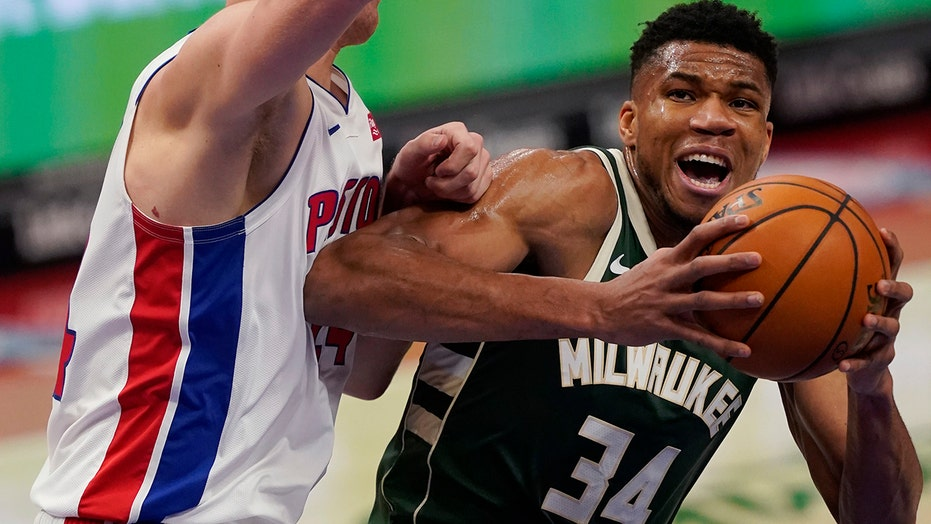 Antetokounmpo's triple-double lifts Bucks over Pistons