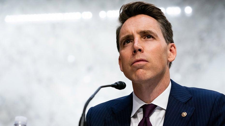 Hawley esclude la candidatura alla presidenza 2024, says 'there's a lot of work to do' in Senate
