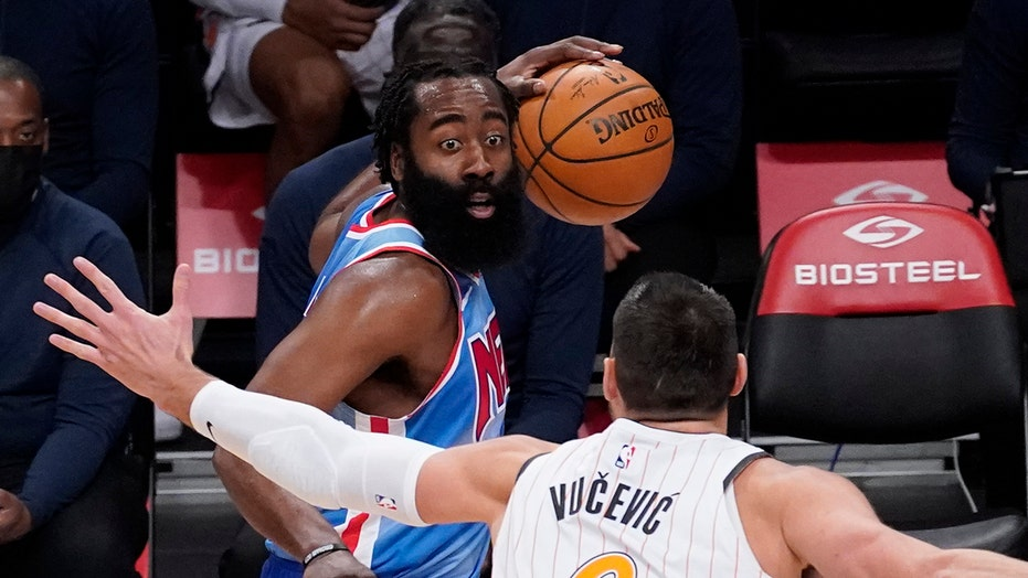 Dwyane Wade spots noticeable difference in James Harden amid Nets debut