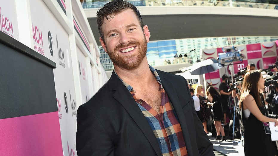 'Bachelorette' star James McCoy Taylor called out by other Bachelor Nation cast for attending Capitol rally