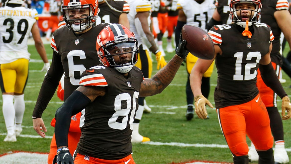 Browns make playoffs for 1st time since 2002 season, most wins since 1994