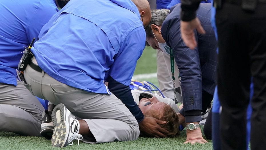 Rams' John Wolford leaves game after taking pop to the head