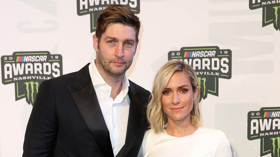 Kristin Cavallari, Jay Cutler pose for photo together months after announcing split: '10 years'