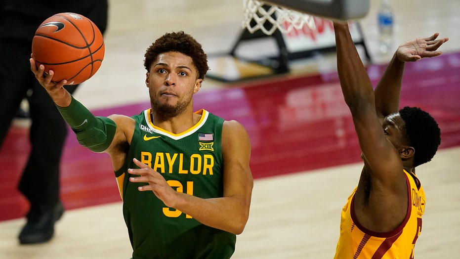 No. 2 Baylor holds off feisty Iowa State 76-65