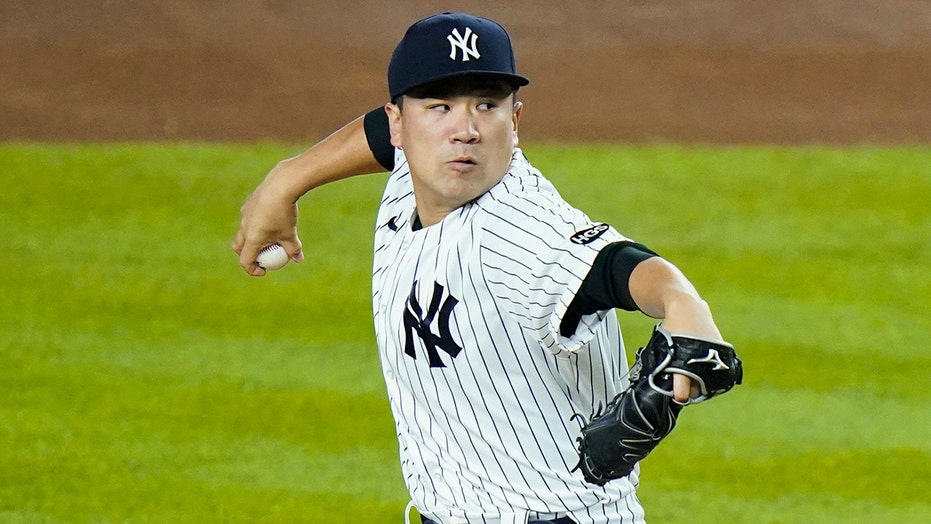 Tanaka leaves Yankees, rejoins former team to pitch in Japan