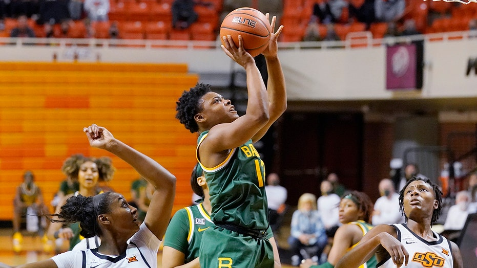 Ursin has 20 points, No. 9 Baylor beats Oklahoma State 77-58