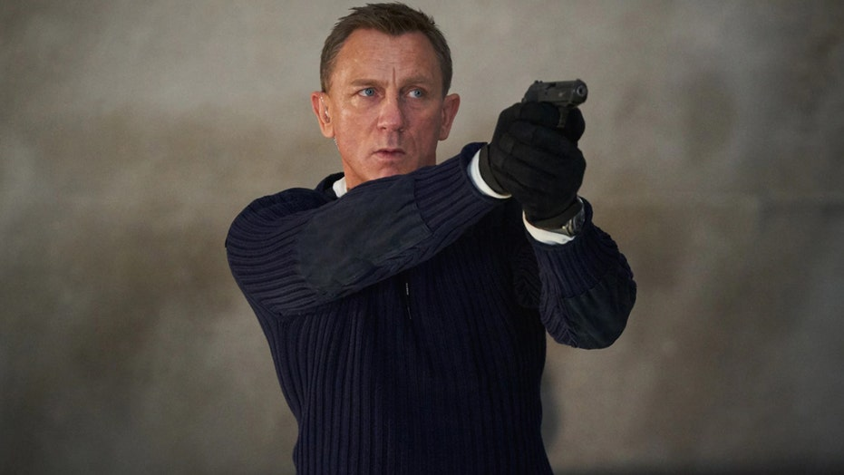 James Bond flick 'No Time to Die' release delayed again: 보고서