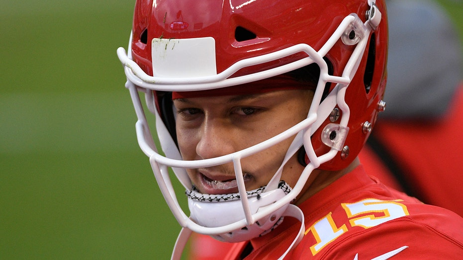 Patrick Mahomes cleared to play in AFC Championship after suffering head injury