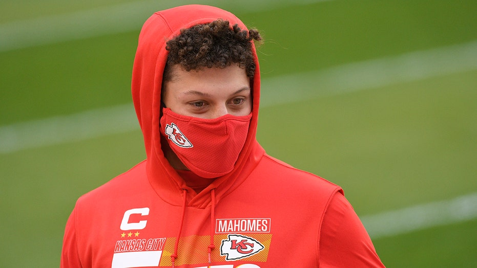 Patrick Mahomes on playing through coronavirus-impacted season: 'It does take a toll on you'