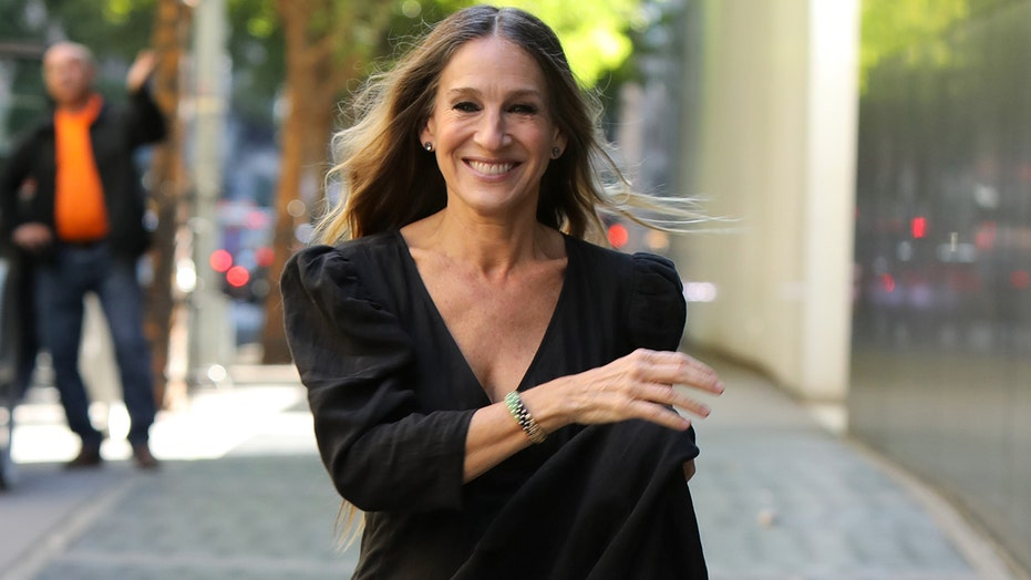 Sarah Jessica Parker says 'Sex in the City' revival will address the coronavirus pandemic