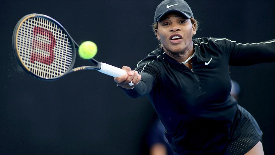 Serena visits zoo before win; Djokovic on court in Australia