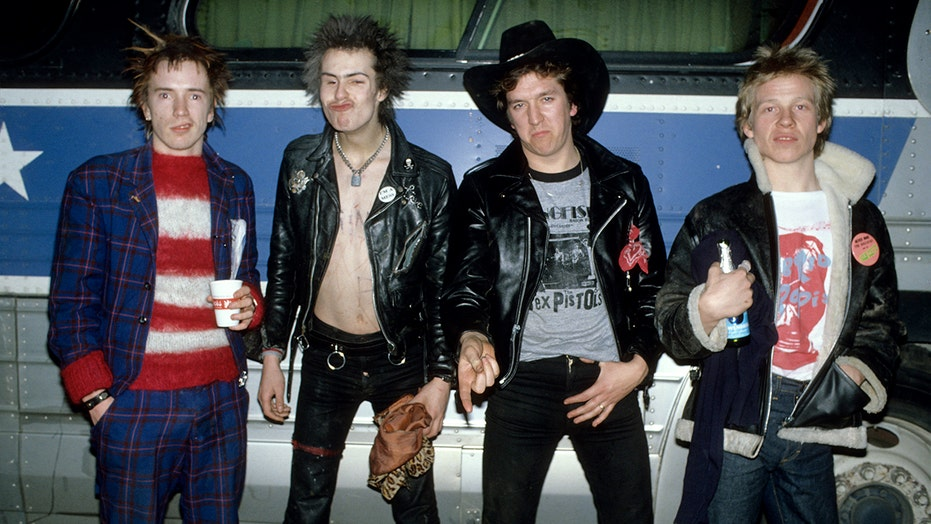 Sex Pistols limited series coming to FX based on Steve Jones' memoir