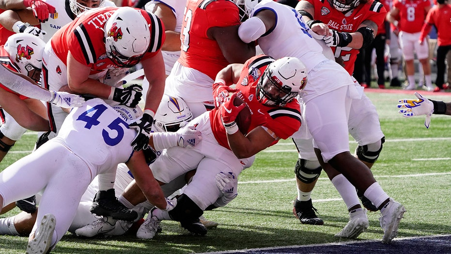 Ball State beats No. 19 San Jose State 34-13 in Arizona Bowl