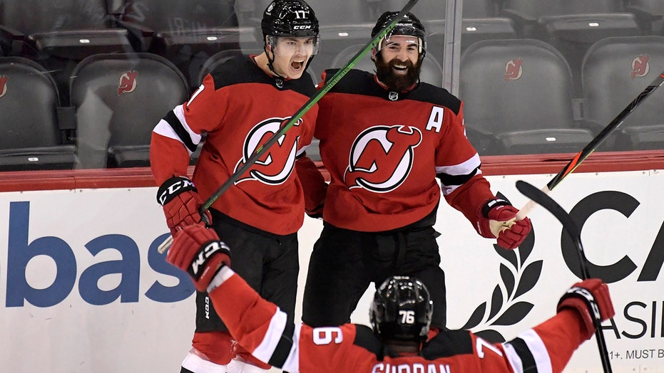 Egor Shrangovich's OT goal gives Devils 2-1 win over Bruins
