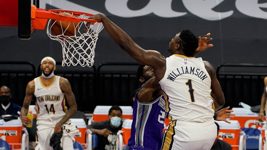 Williamson, Pelicans spoil Fox's big night in win over Kings