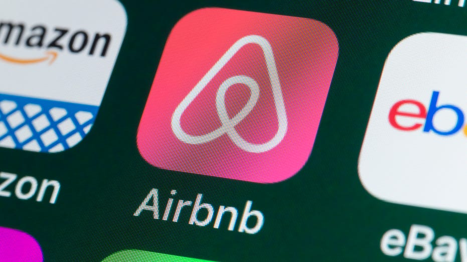 Airbnb canceled reservations connected to domestic terrorists, hate groups ahead of Capitol rioting