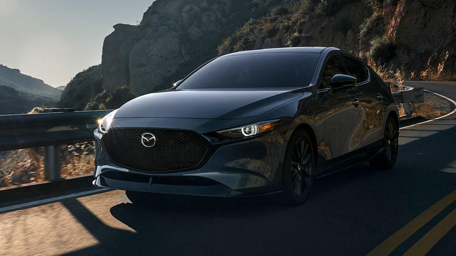 테스트 드라이브: 그만큼 2021 Mazda3 2.5 Turbo is a very hot hatchback