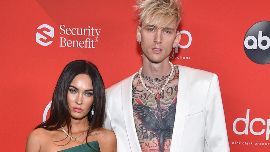Machine Gun Kelly keeps Megan Fox's blood on a necklace in new Valentine's Day post