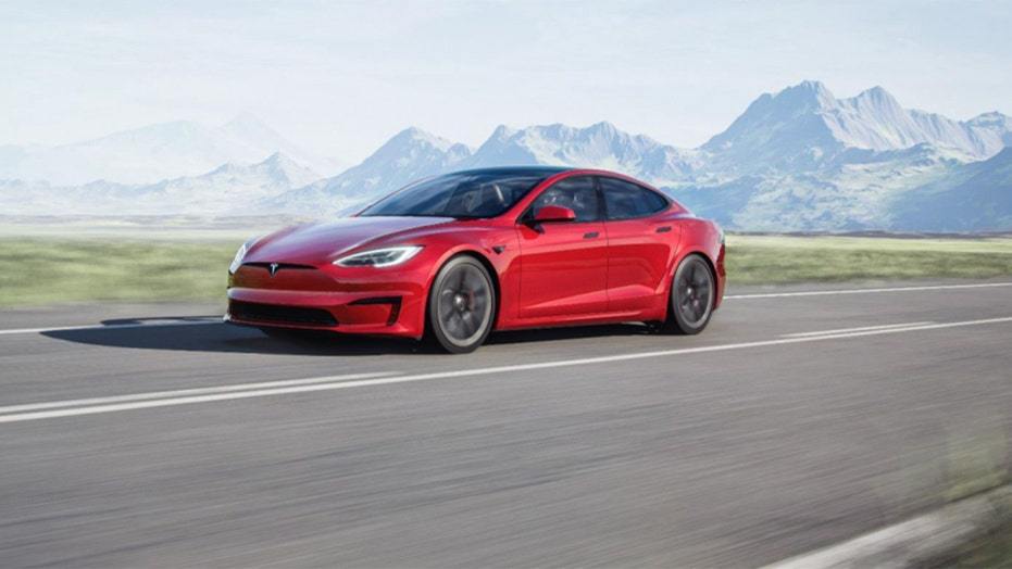 New Tesla Model S is world's quickest car and has a rectangular steering 'wheel'