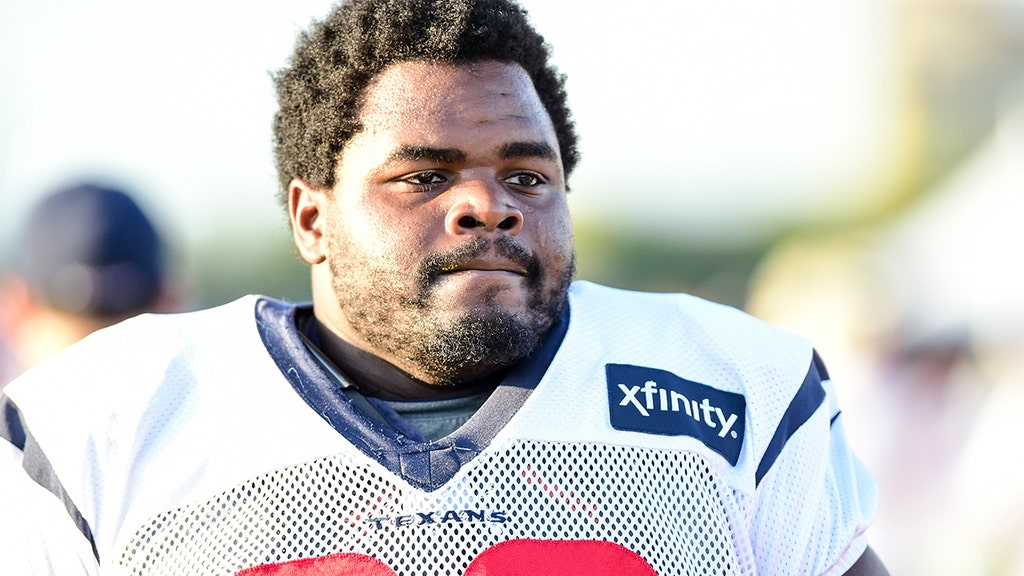 Mother fears former NFL lineman reported missing is in danger, here's why