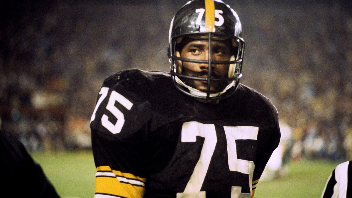 Coca Cola S Iconic Super Bowl Commercial With Mean Joe Greene Took Days To Film And For This Silly Reason Fox News