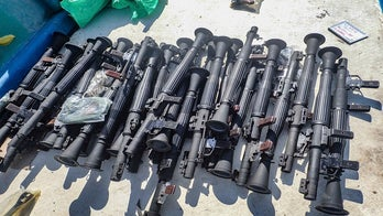 US Navy seizes large cache of smuggled weapons off Somalia