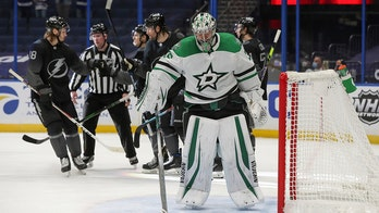 Lightning beat Stars 5-0 in first Stanley Cup rematch