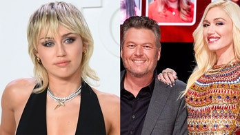 Miley Cyrus asks to be Gwen Stefani, Blake Shelton's wedding singer: 'I promise to be on my best behavior'