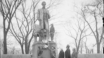 Chicago reviewing statues of Lincoln, Washington, other US icons for possible 'action'