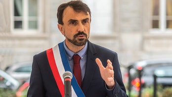 French government outraged at Lyon mayor's reasoning for removing meat from school lunches
