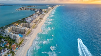 Gender reveal tragedy: 2 killed in plane crash off Cancun coast