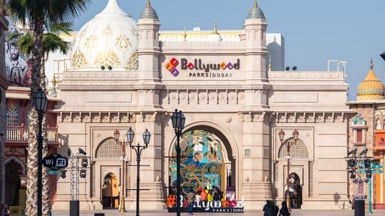 Dubai theme park opens tallest swing ride in the world