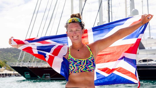 Solo woman rows across Atlantic Ocean, becomes youngest female to make the journey
