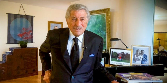 Tony Bennett still has singing sessions at home to stay active.