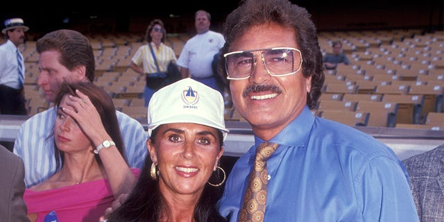 "Singer Engelbert Humperdinck and wife Patricia Healey attend the 34th Annual ""Hollywood Stars Night"" Celebrity Baseball Game on August 17, 1991, at Dodger Stadium in Los Angeles, California."