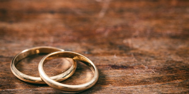 A woman who lost her wedding band in Chicago in 1973 got it back this week. (iStock)