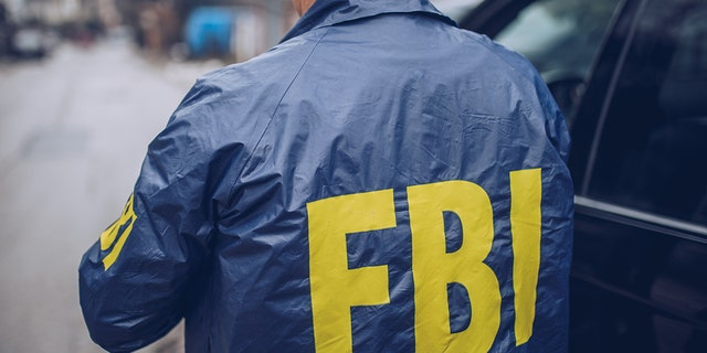 FBI به یک شورا گفت: کلاهبرداران مفقودین را از طریق پست های رسانه های اجتماعی شناسایی می کنند - نقطه شروع برنامه های اخاذی.