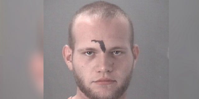 Matthew Leatham tried to use 911 to get a ride home Sunday, authorities say. (Pasco County Sheriff's Office)